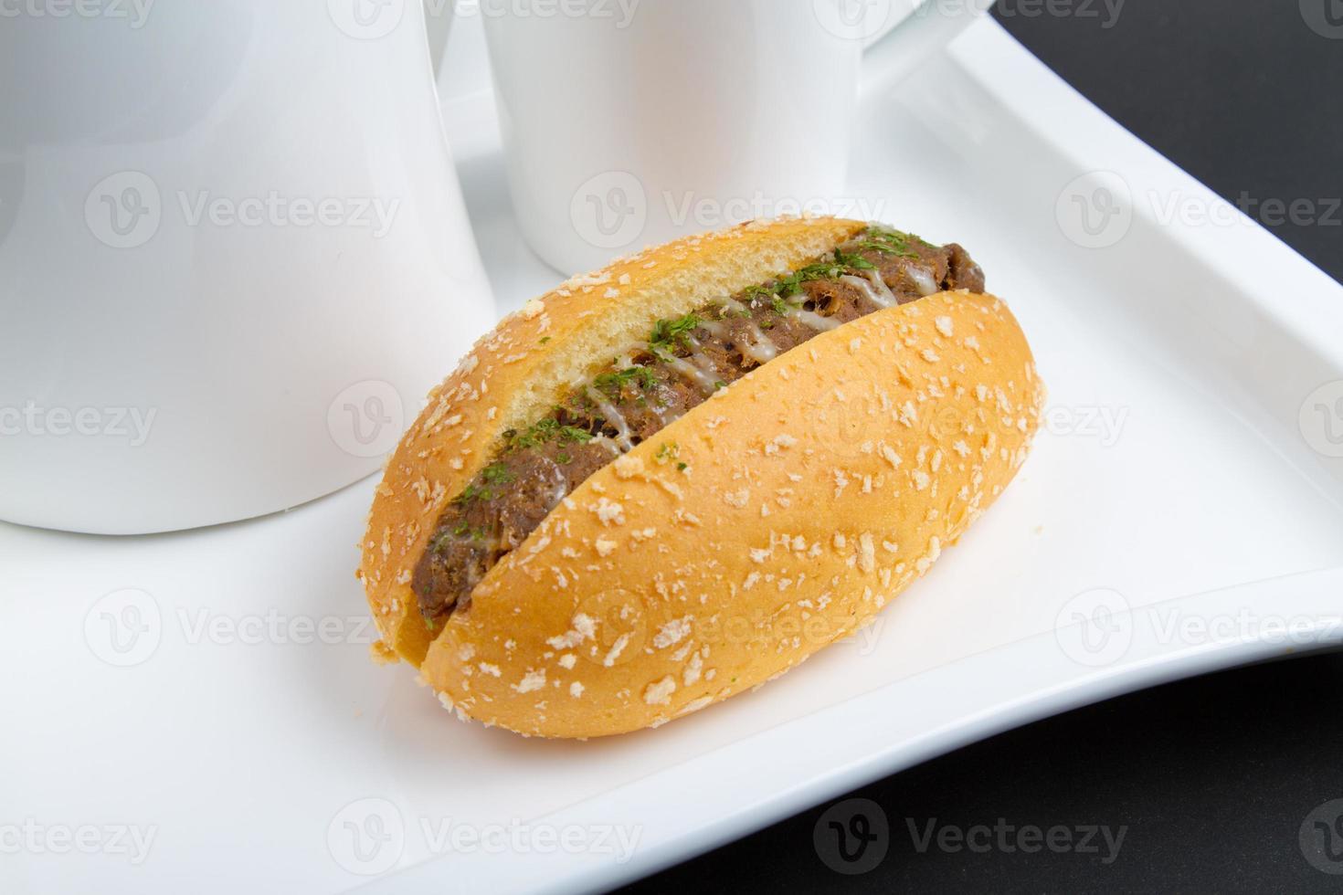 pão de atum foto