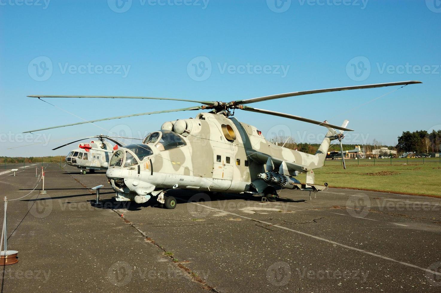 helicóptero militar foto