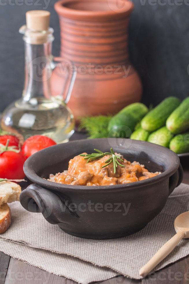 trigo sarraceno com carne foto