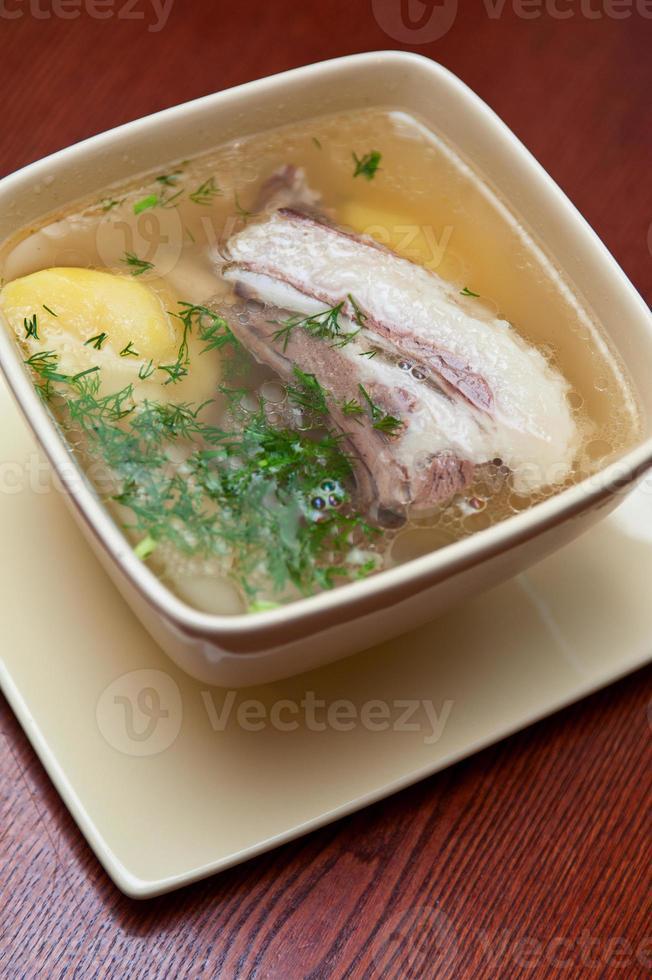 sopa com carne de cordeiro foto