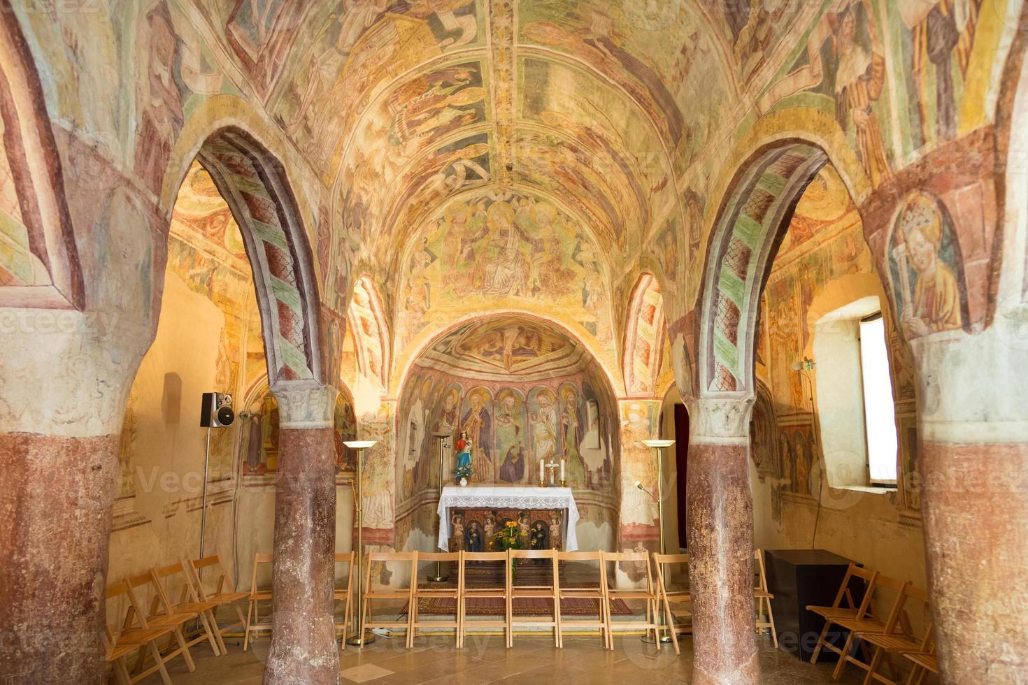 danse macabro fresco, hrastovlje, eslovénia. foto