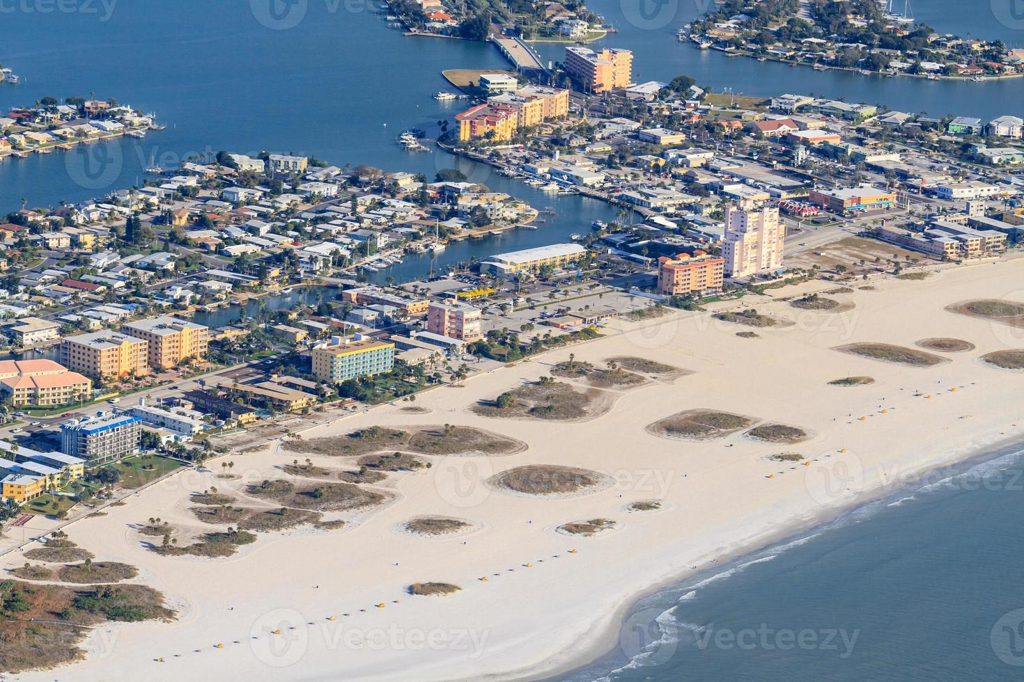 Vista aérea na praia da Flórida, perto de st. petersburg foto