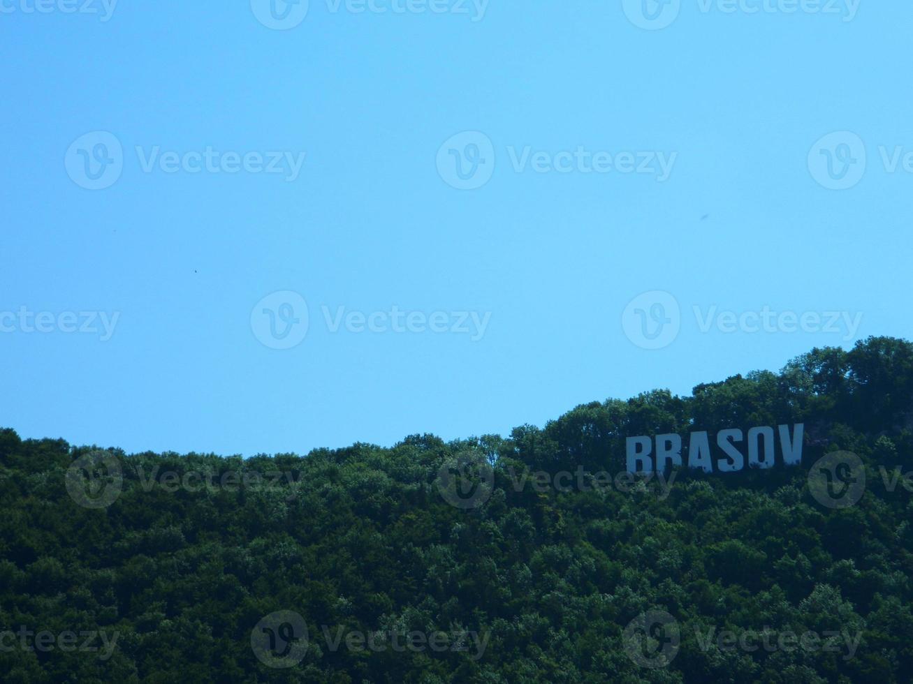brasov Cadastre-se no topo da tampa hill. foto