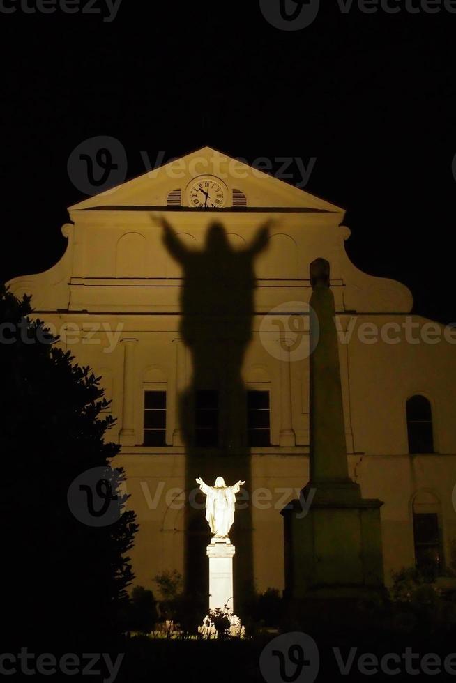 sombra de cristo em st. Louis Catherdal foto