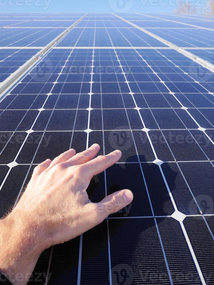 telhado de células solares foto