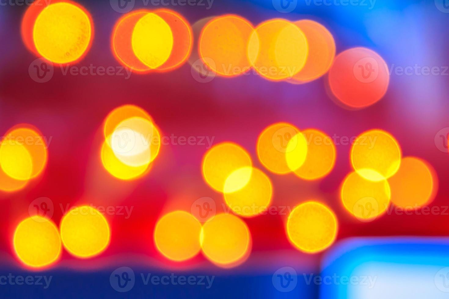abstrato de luzes desfocadas com efeito bokeh foto