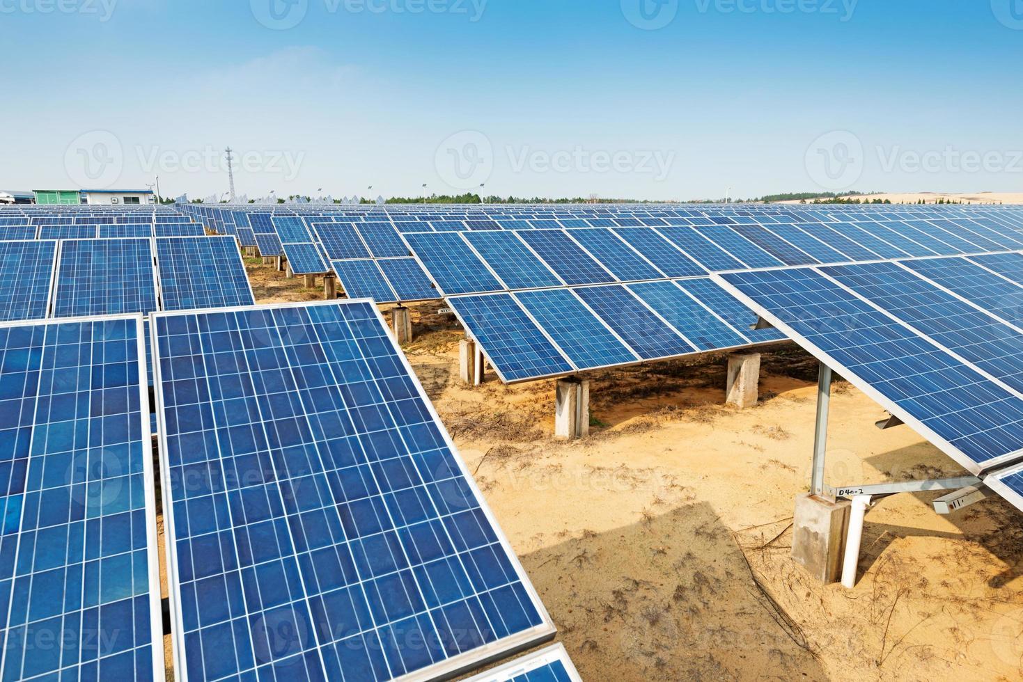 painéis fotovoltaicos foto