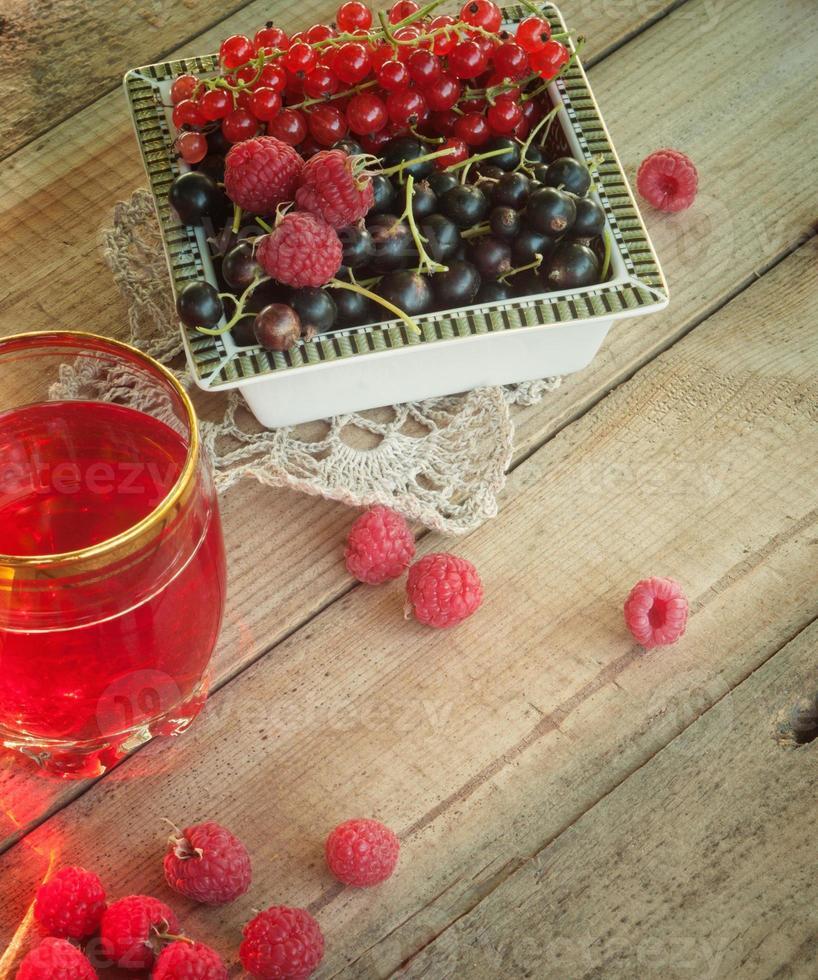 frutas e bagas foto