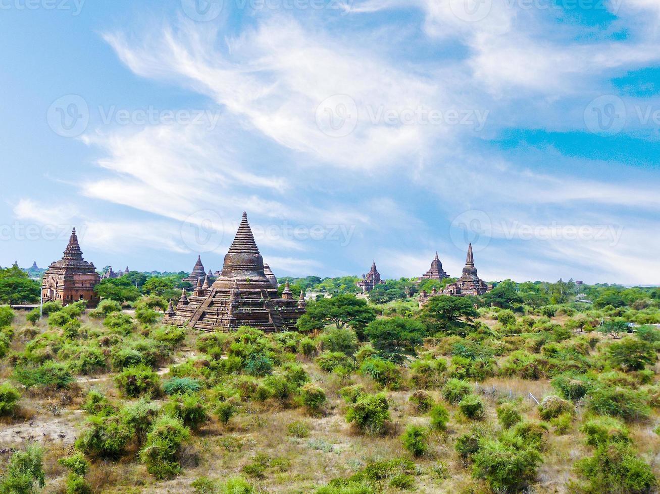 pagode em bagan (pagan), mandalay, myanmar foto