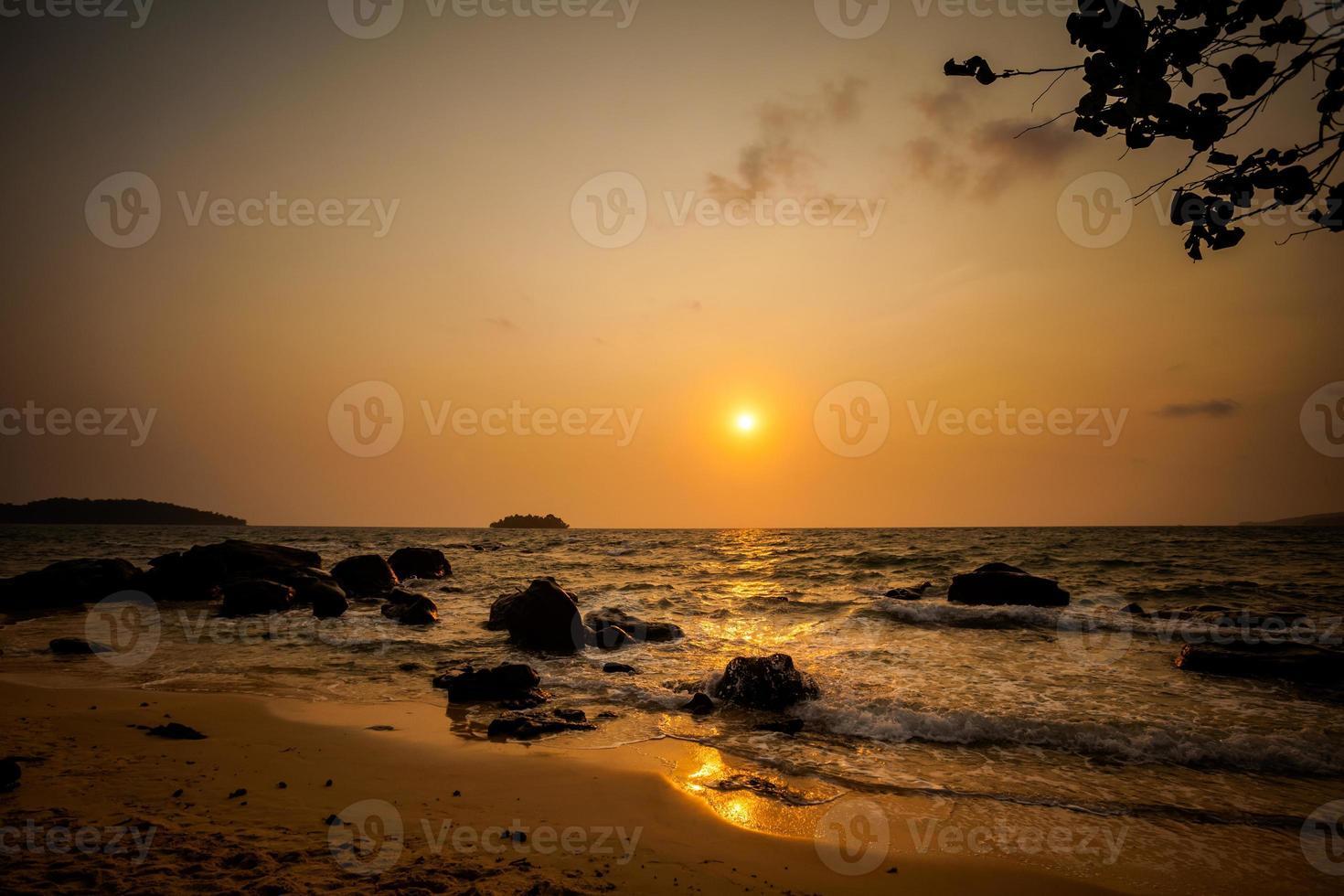 paisagem tropical de koh rong foto