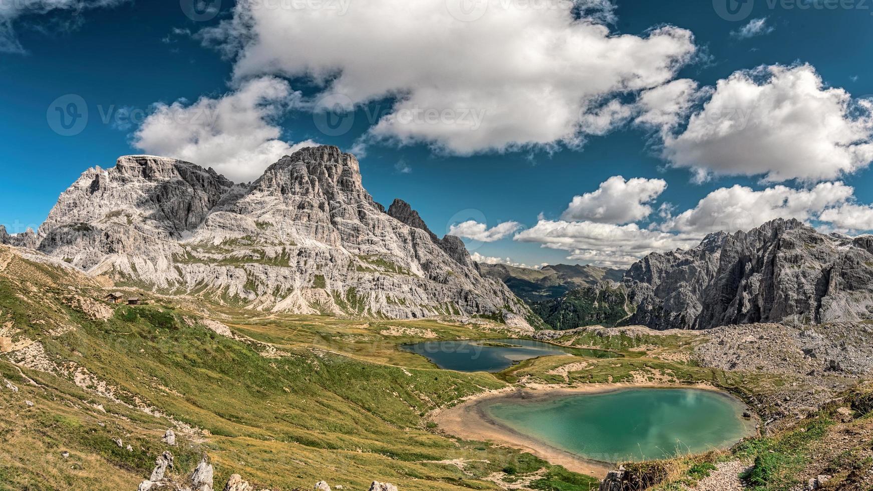 dolomite alpes lagos foto