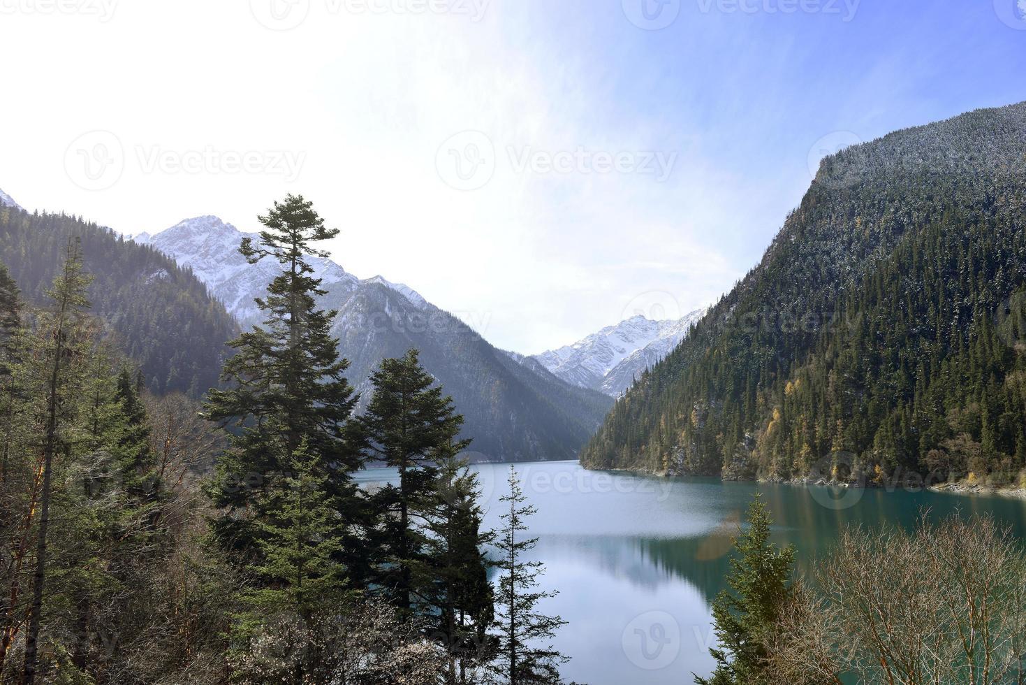 lago longo, jiuzhaigou foto