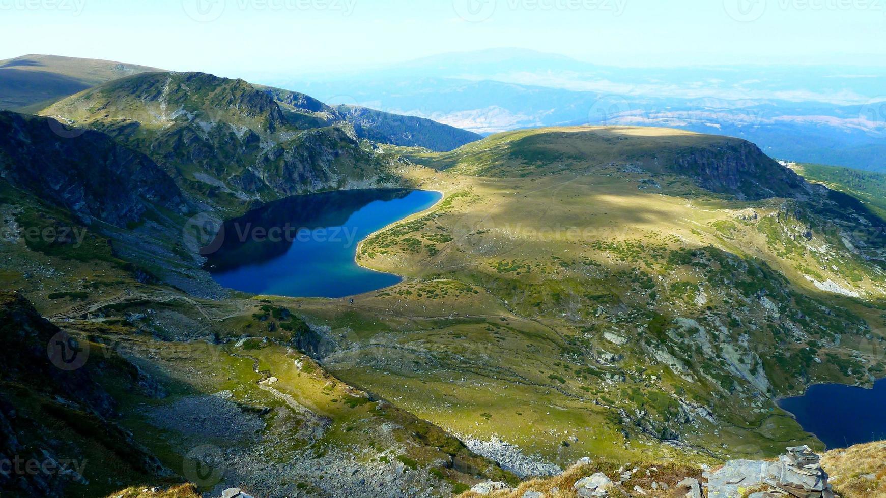lago da montanha foto