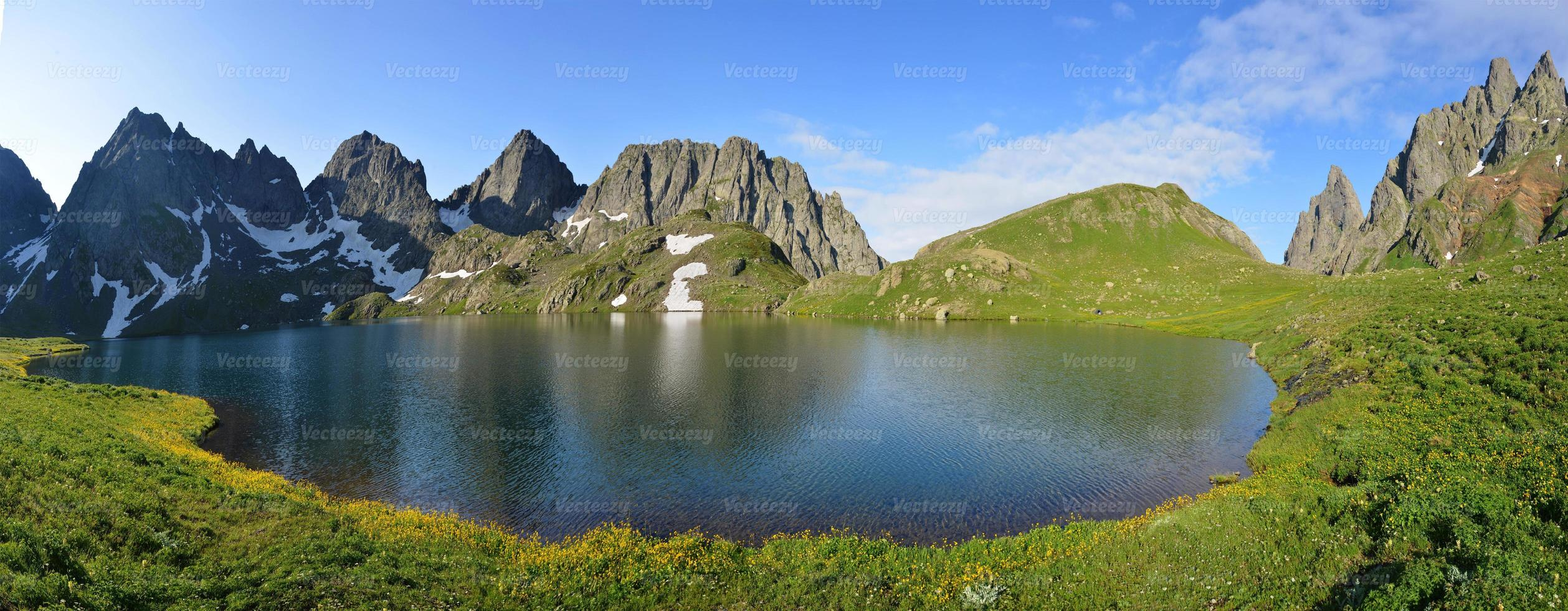 lago toba - geórgia foto