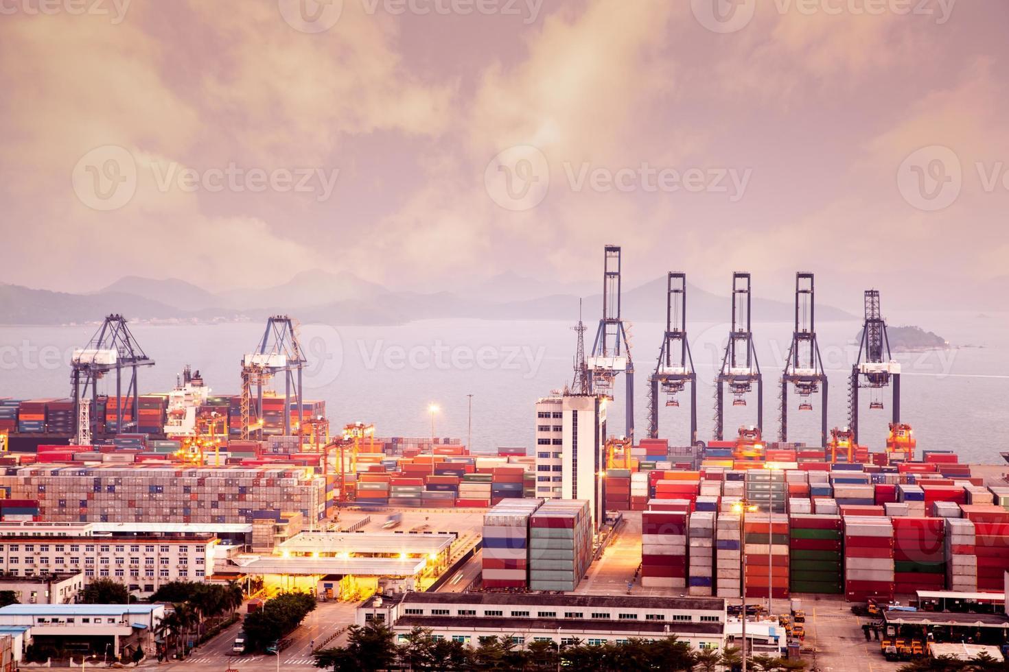 porto de yantian da china foto