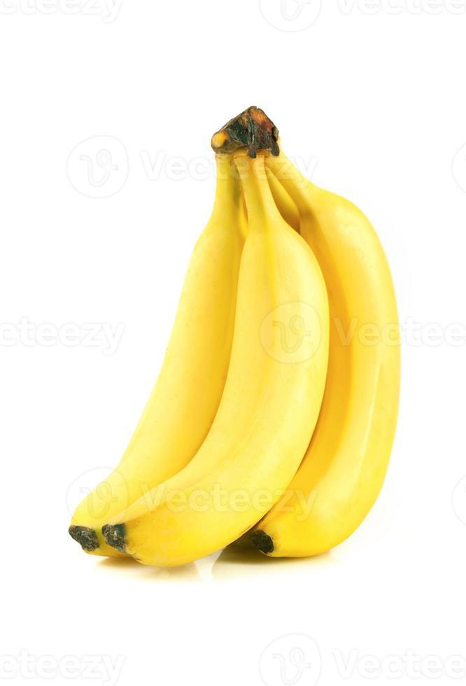 bananas maduras em branco foto