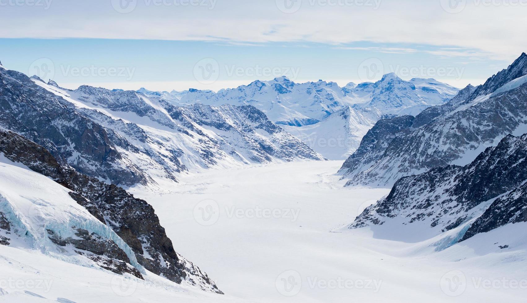 montanha suíça, jungfrau, suíça, estação de esqui foto