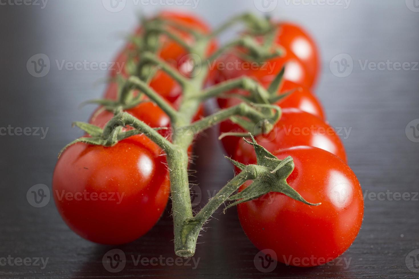 tomate cereja vermelho foto
