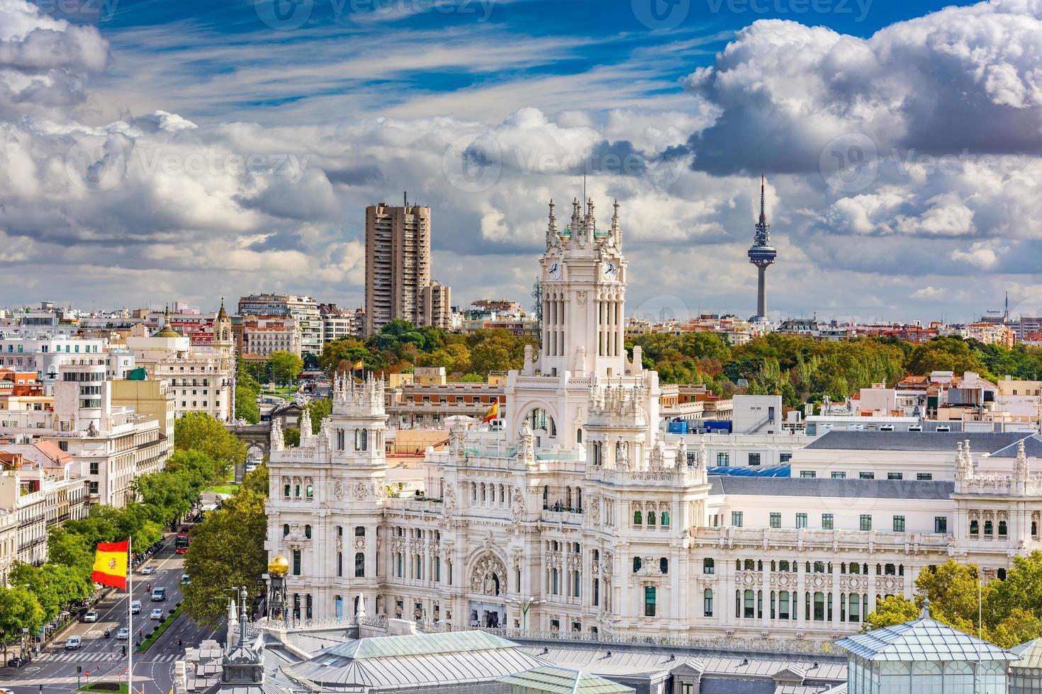 paisagem urbana de madrid espanha foto