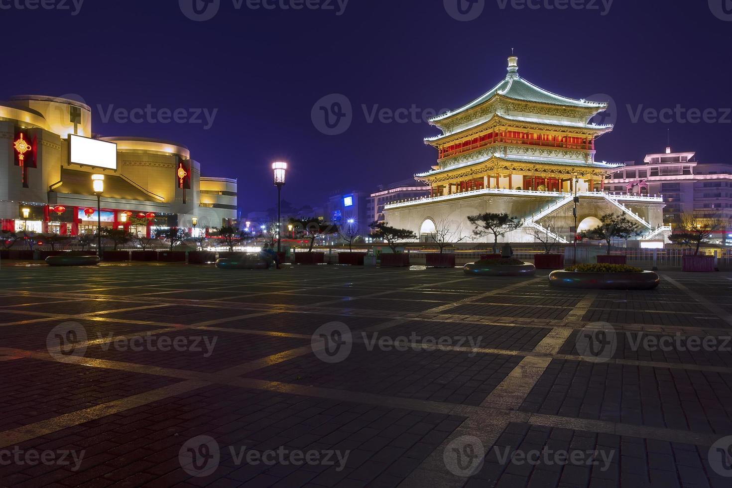 torre sineira em xian foto