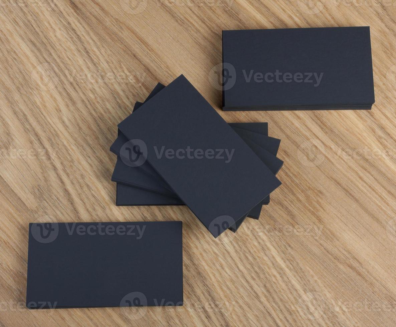 pilha de cartão de visita em branco foto