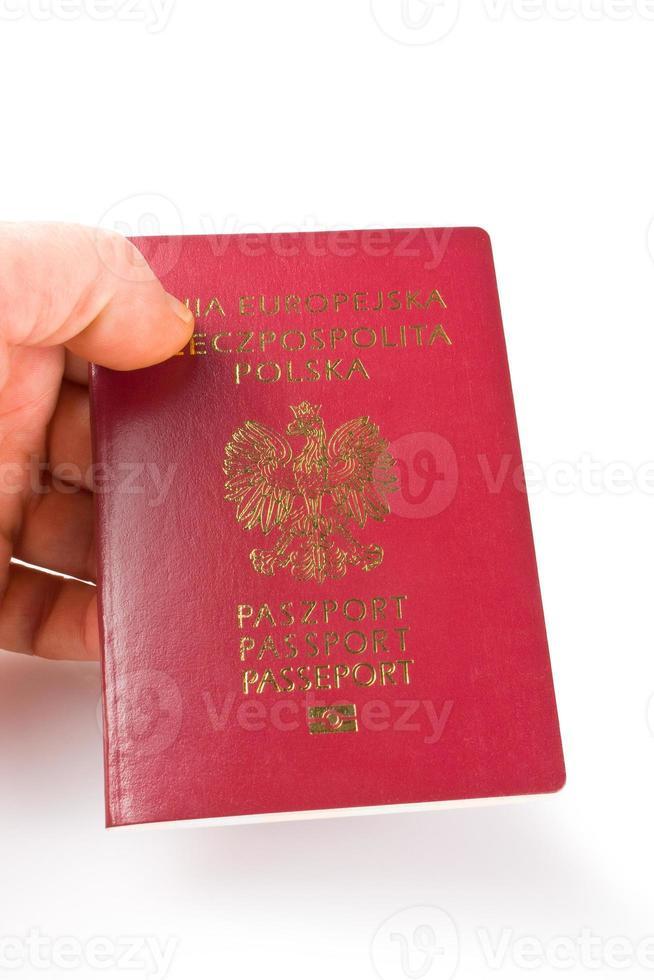 passaportes sobre fundo branco foto