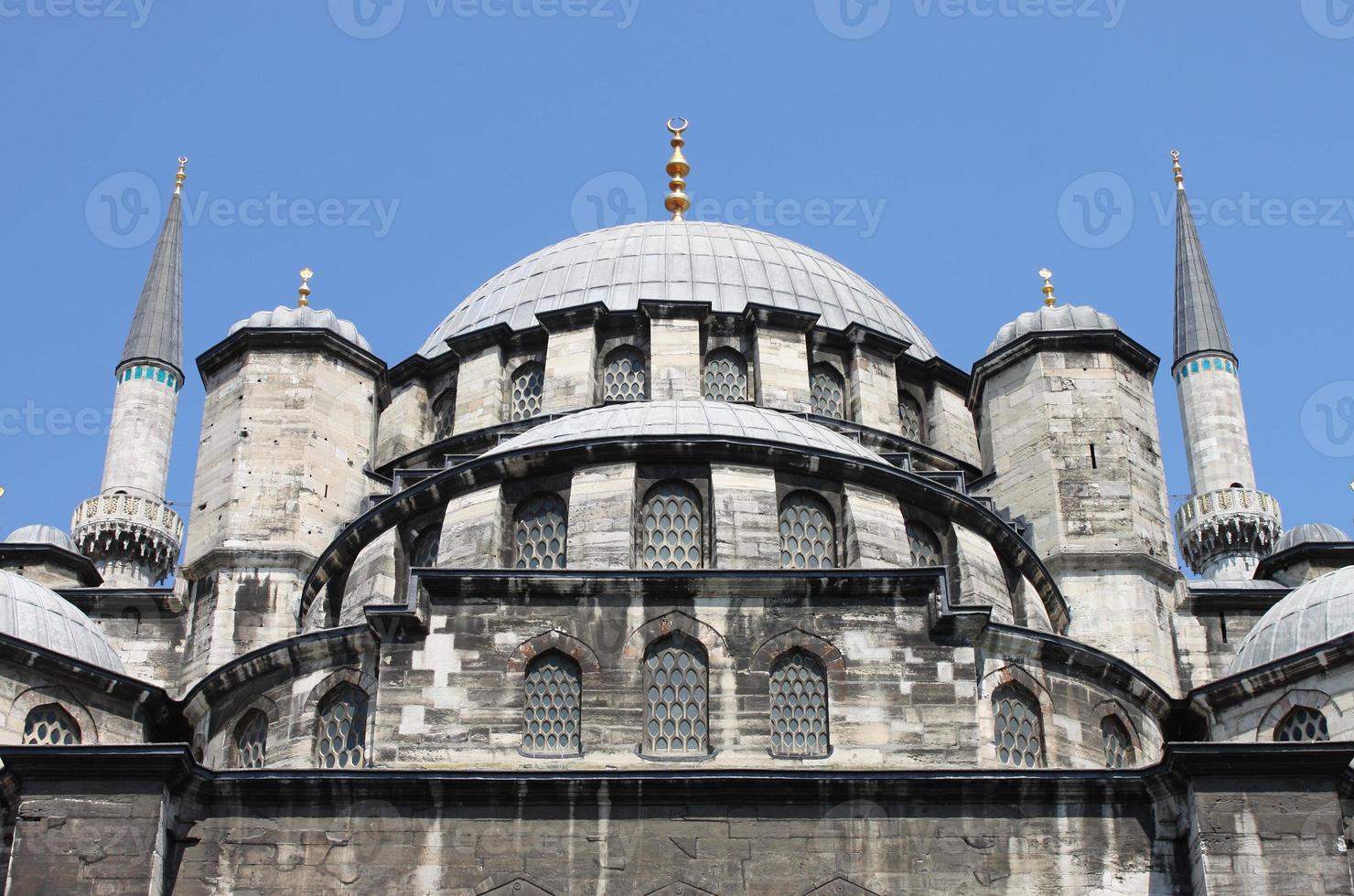 Mesquita yeni cami em Istambul foto