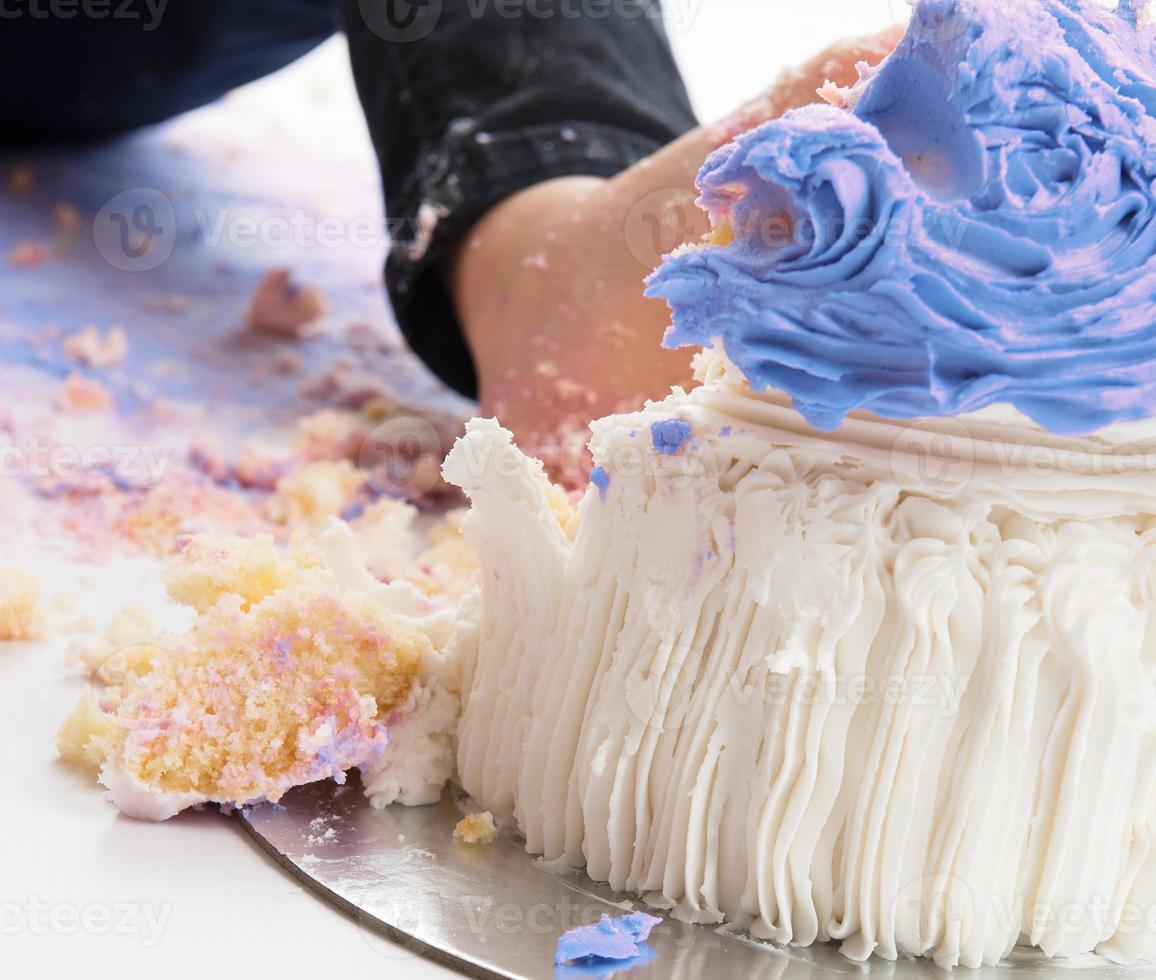 quebra de bolo de perto foto