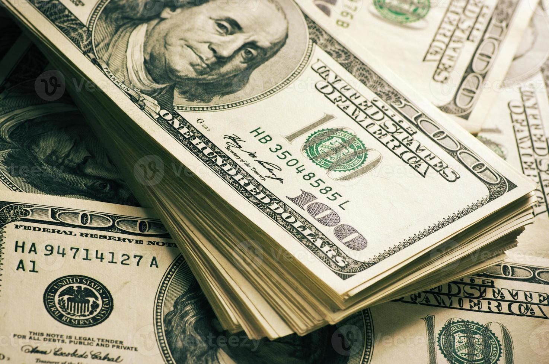 pilha de dólares close-up foto