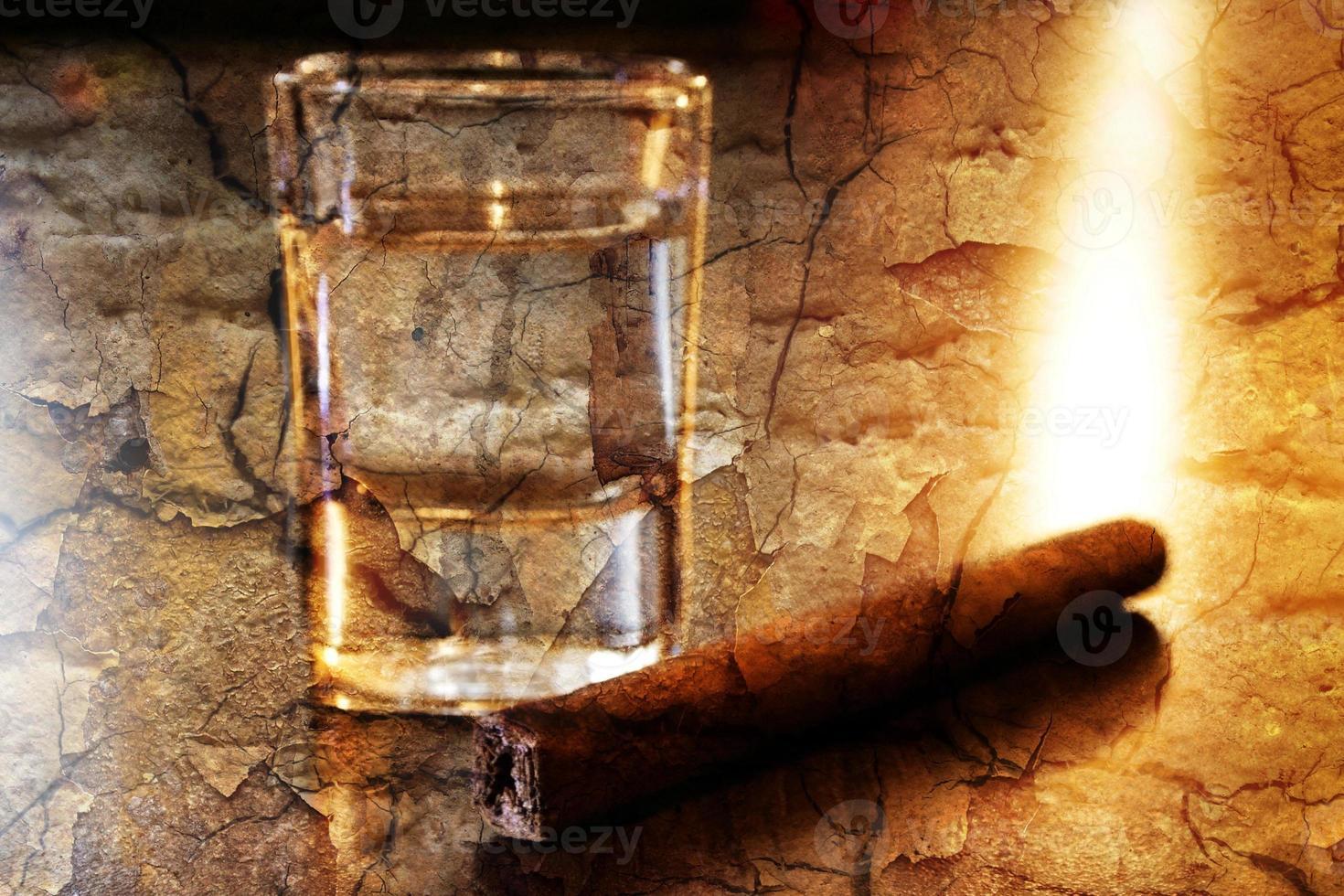 tequila e charuto foto