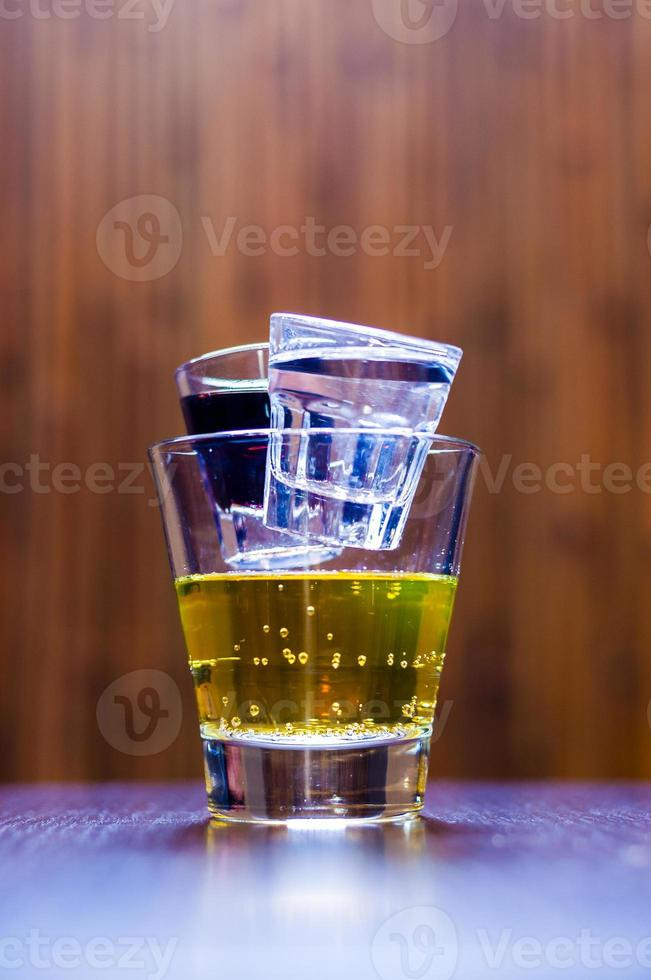 coquetel curto tequila chuck norris foto