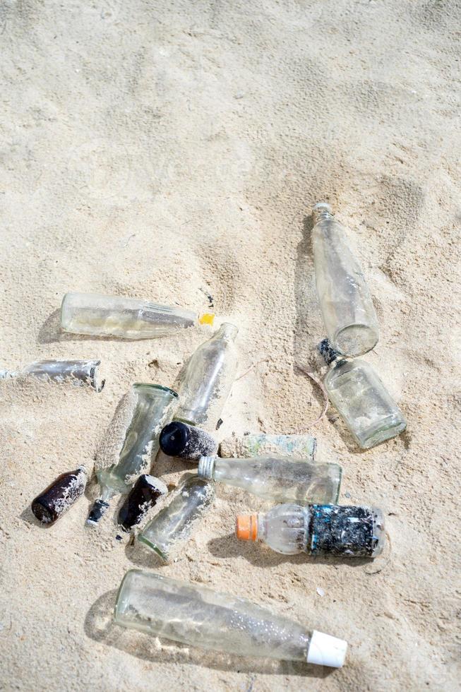 praia suja foto