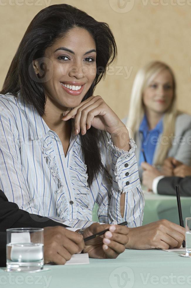 empresários na reunião foto