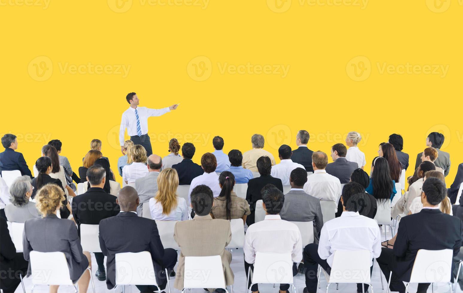 conferência de seminário de pessoas de negócios, reunião conceito de apresentação foto