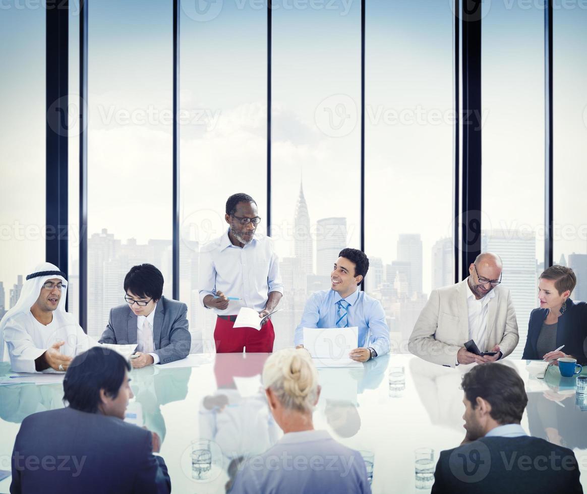 pessoas de negócios reunião corporativa apresentação comunicação div foto