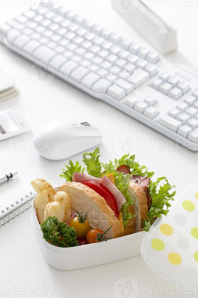 almoço de escritório foto