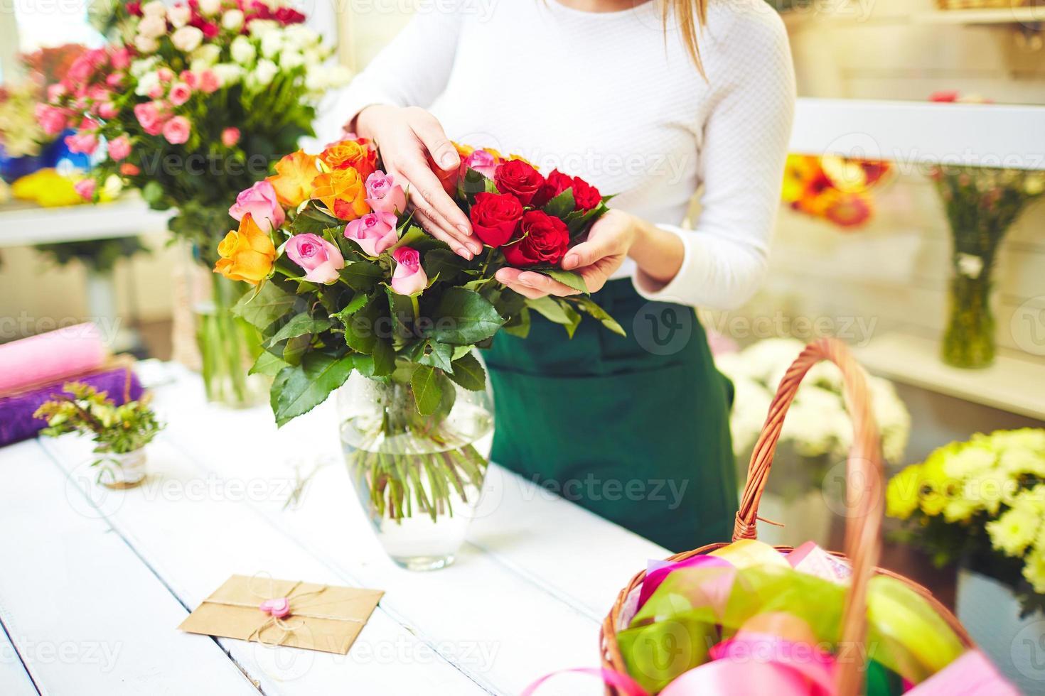 lindo buquê de rosas foto