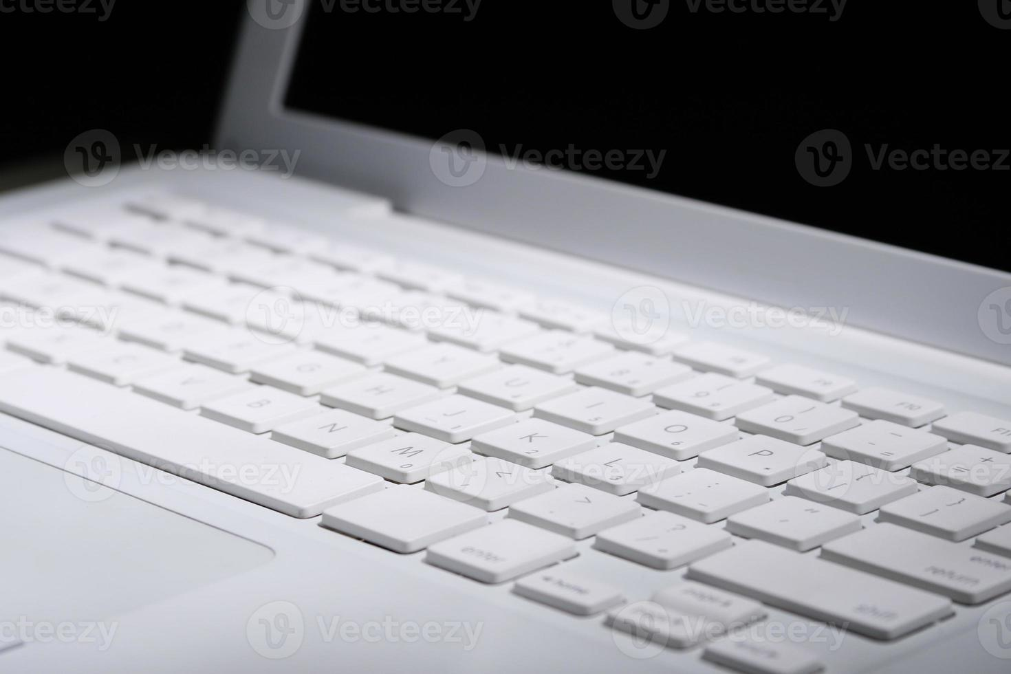 o teclado do computador laptop foto
