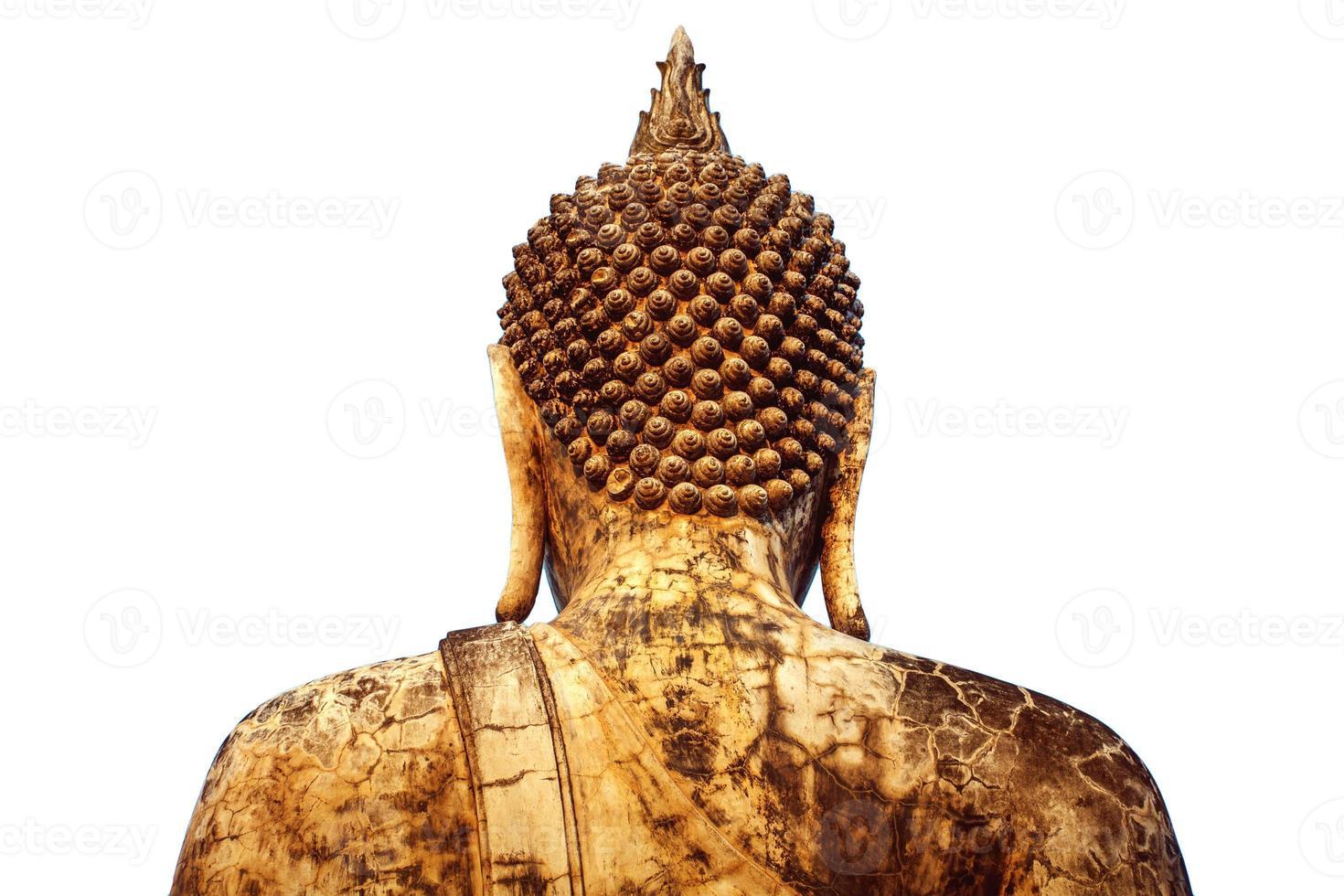verso do grande Buda no antigo templo na Tailândia foto