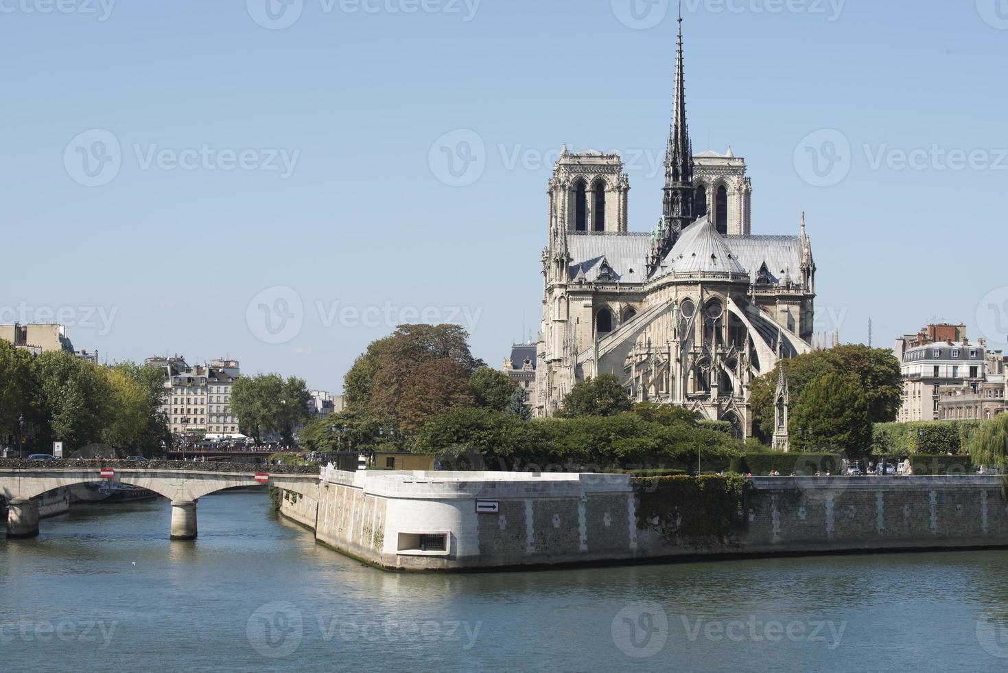 catedral de notre dame, paris, frança foto