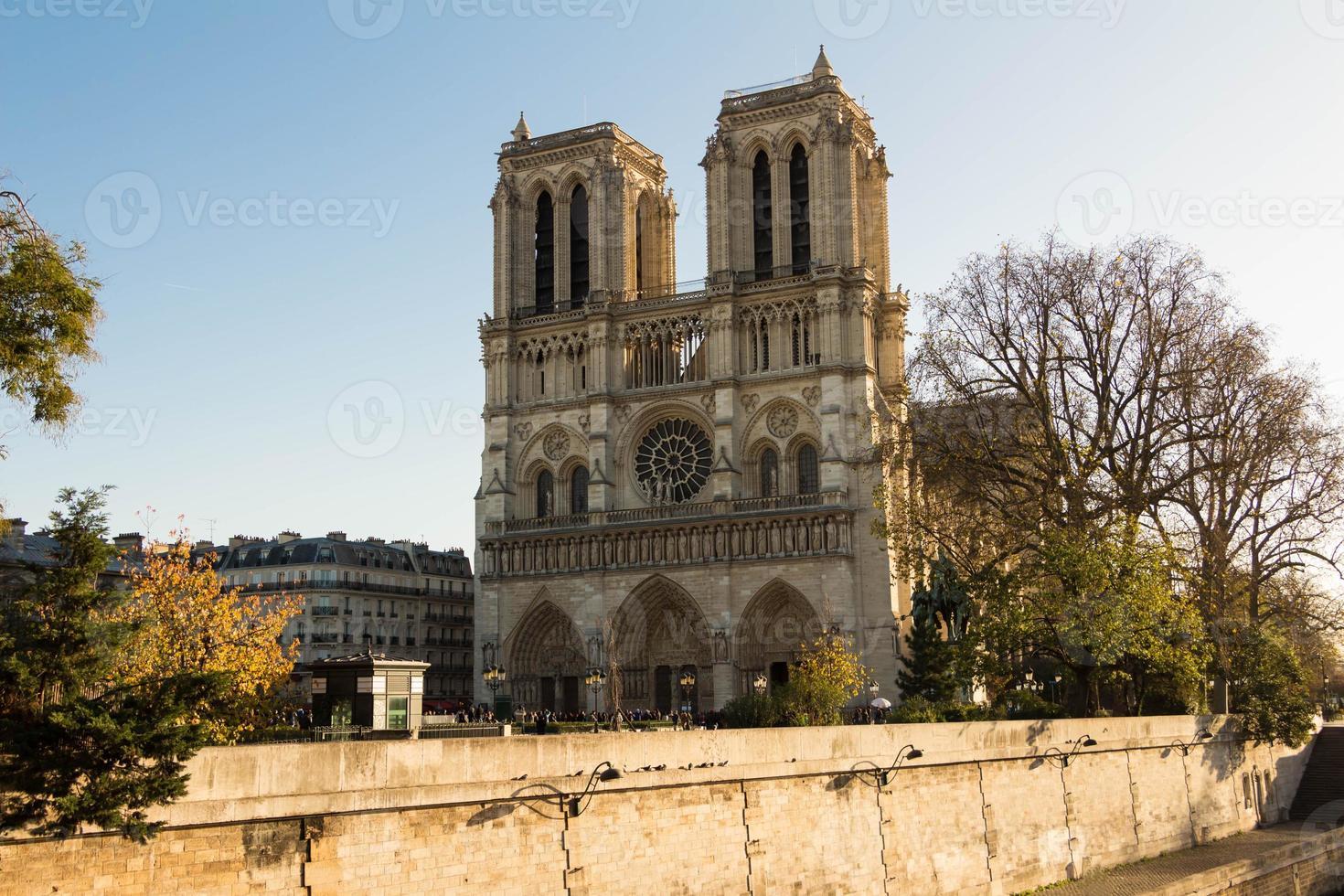 a catedral de notre dame, paris, frança. foto