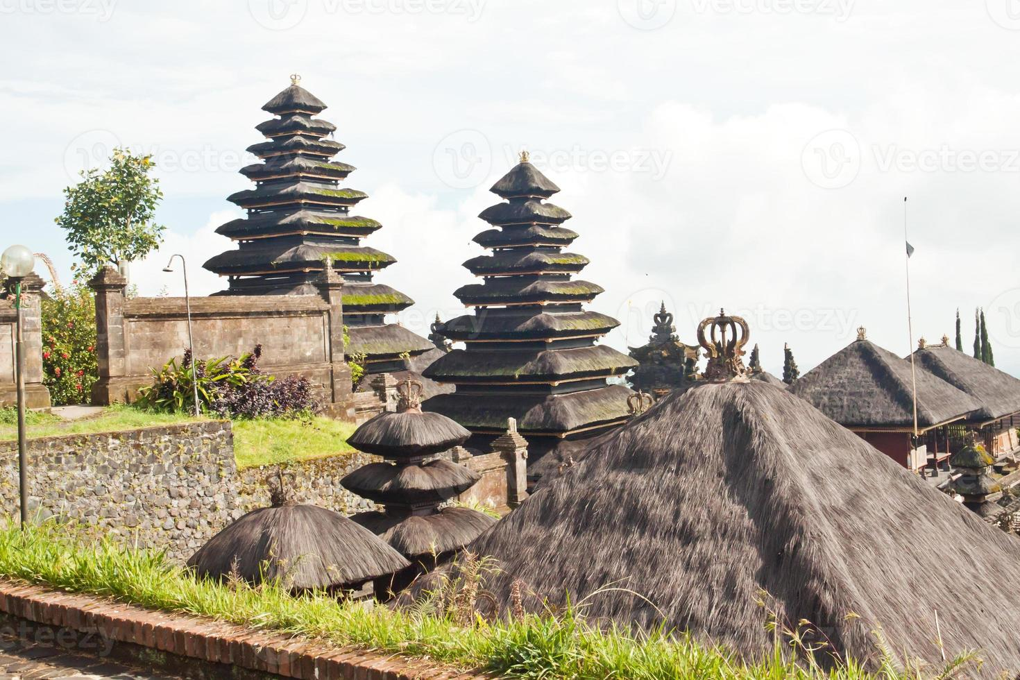 templo de besakih em bali foto