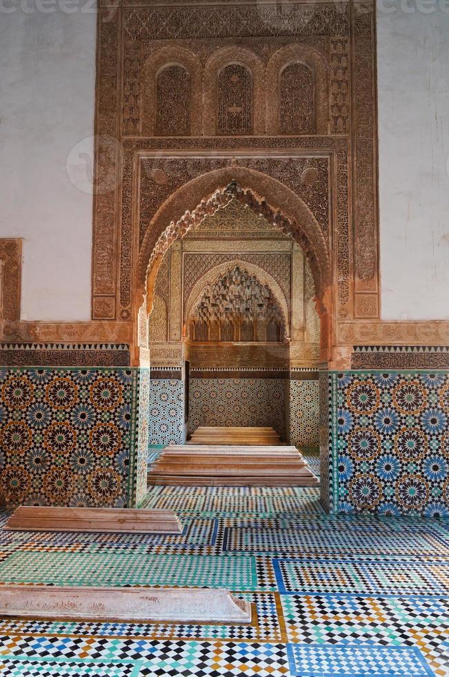 mausoléu da tumba saadiana em marrakech foto