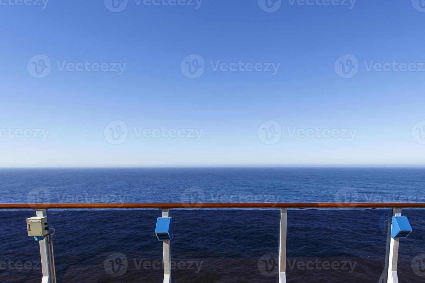 vista do oceano foto