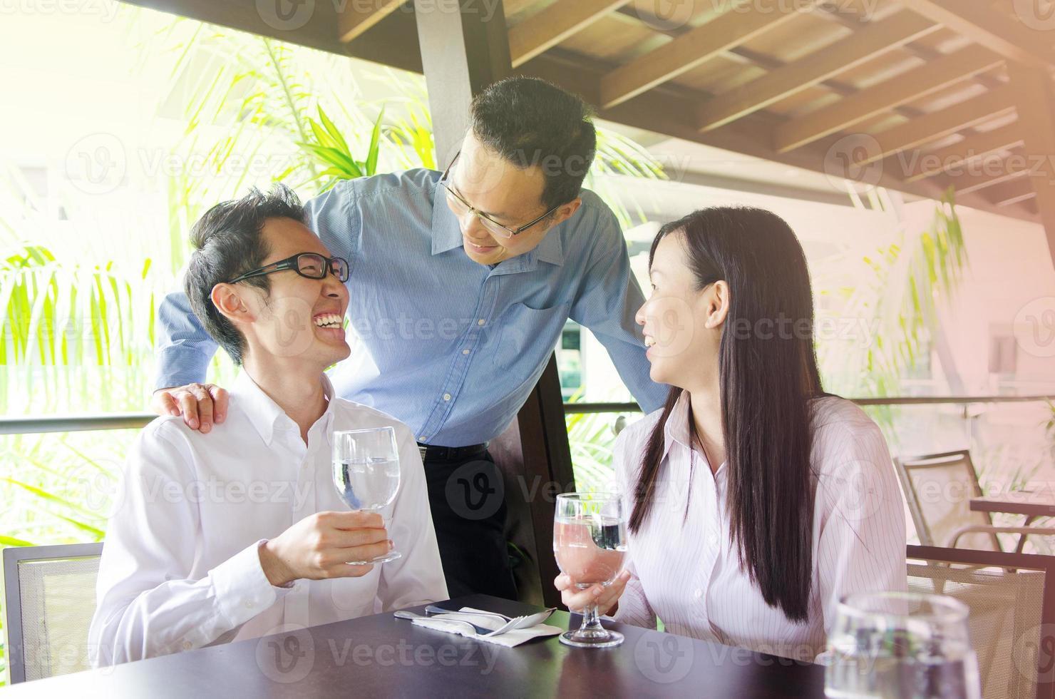 equipe de negócios asiáticos foto