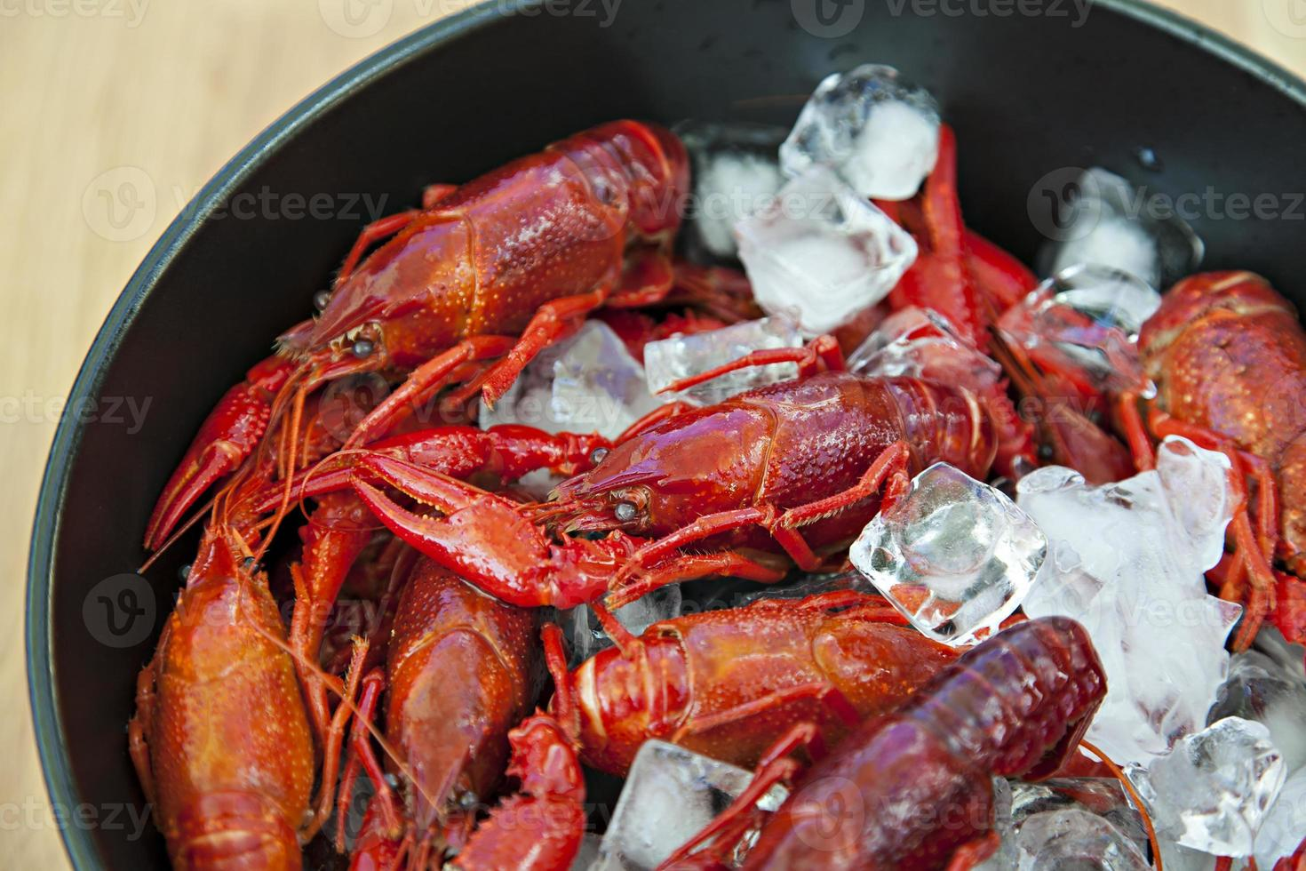tigela de lagostins foto