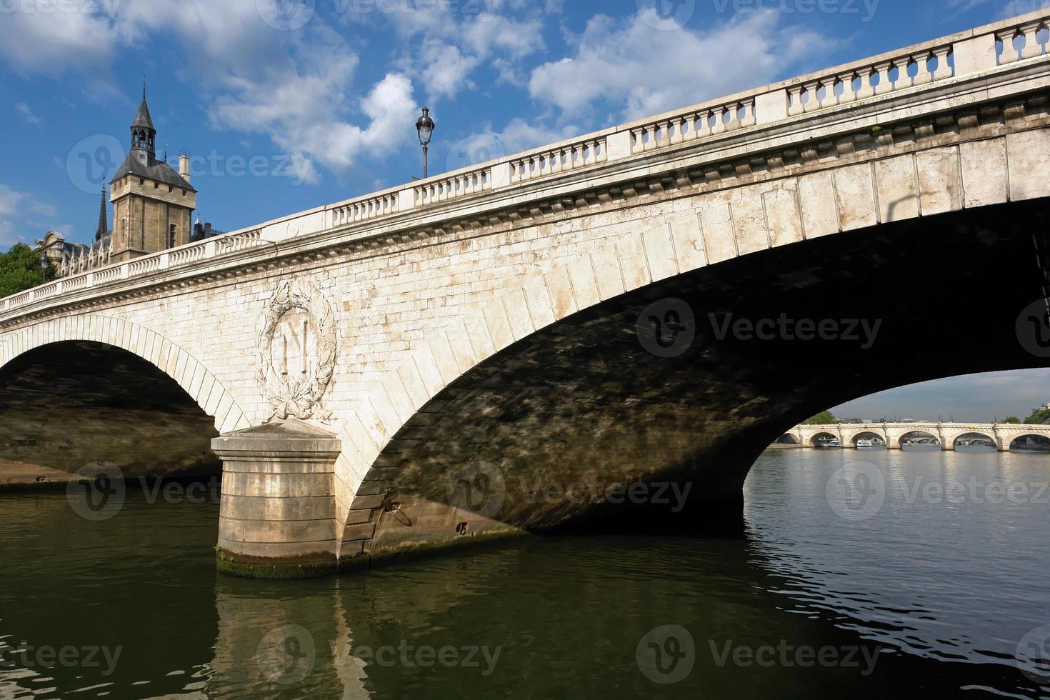 pont au change em paris foto