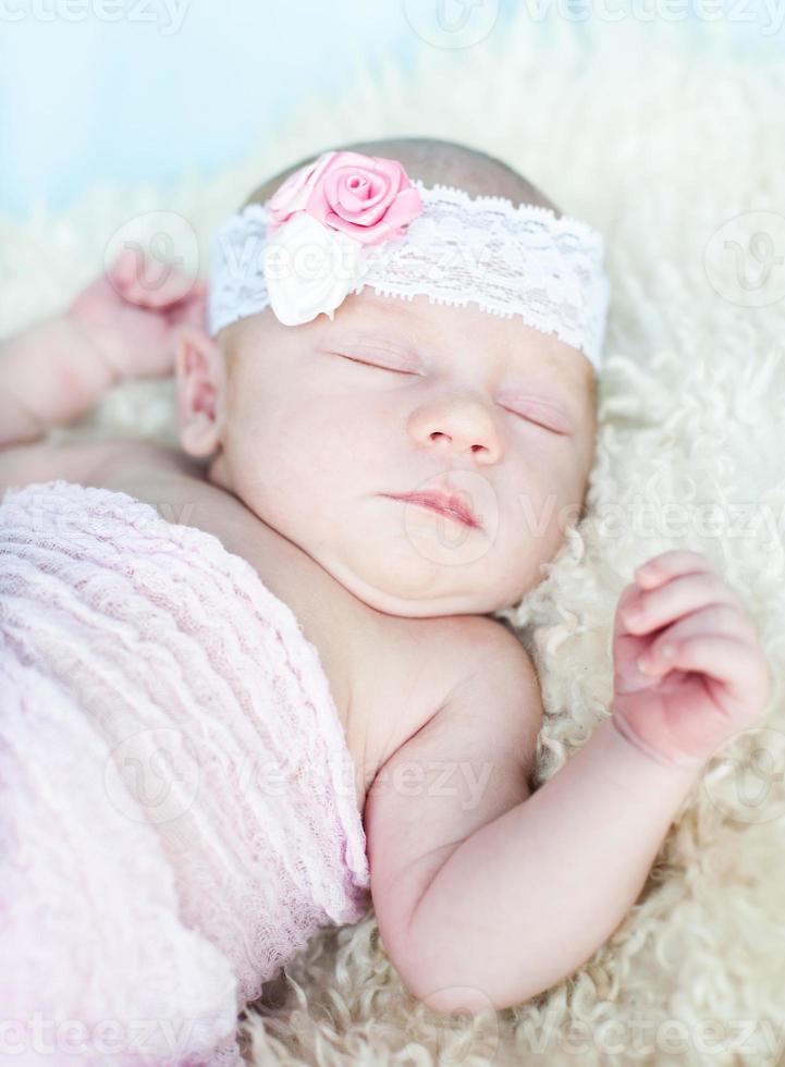 recém-nascido foto