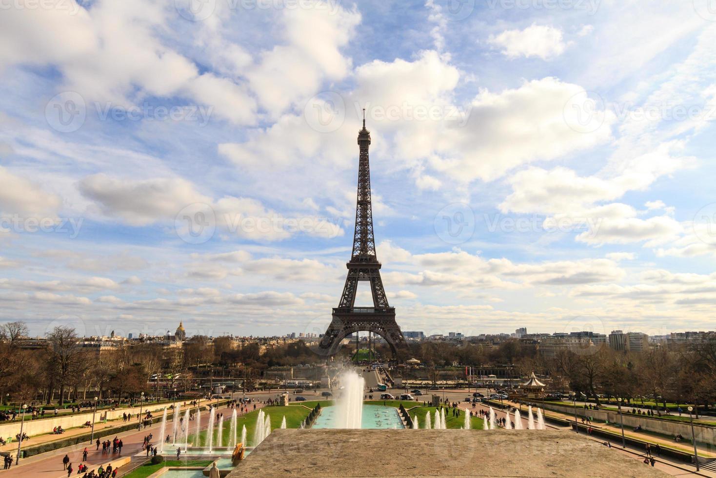 torre eiffel em paris foto