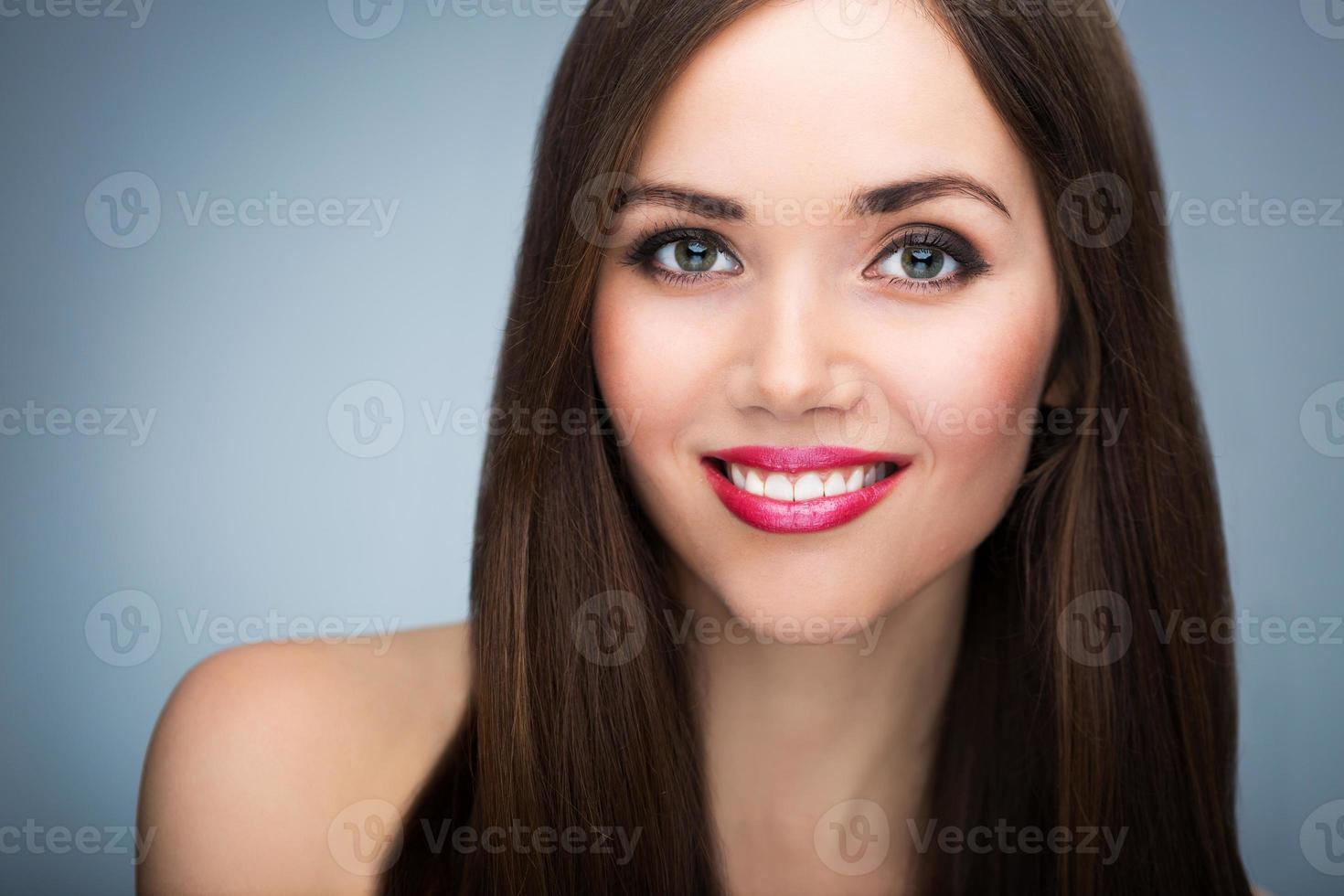 retrato de beleza de mulher foto